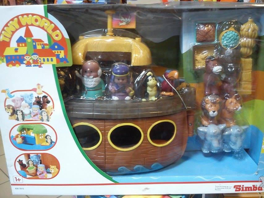 Simba Arka Neogo so zvieratami loďou