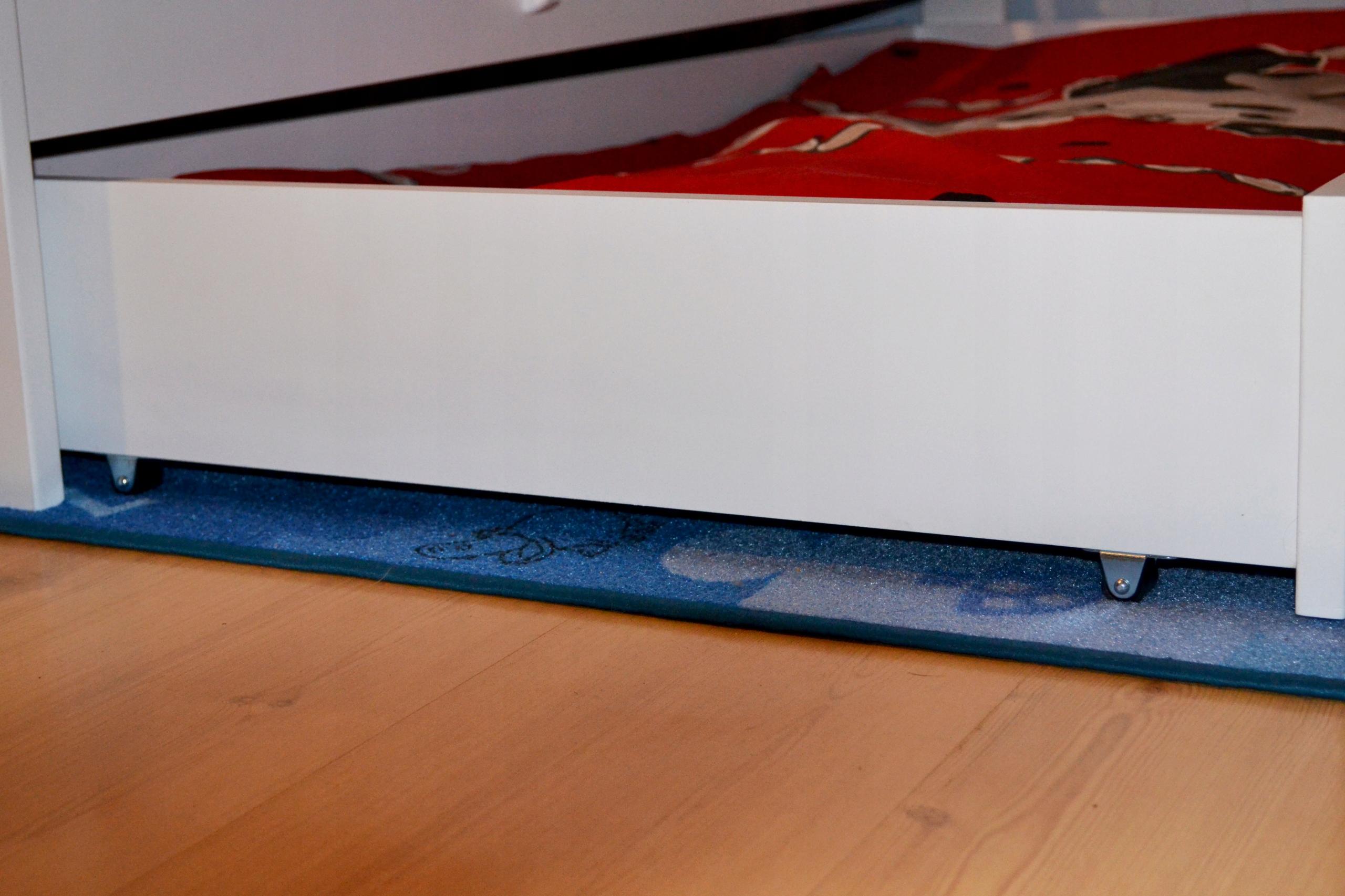 Śliczne łóżko dziecięce 160x80 białe Waga (z opakowaniem) 31 kg