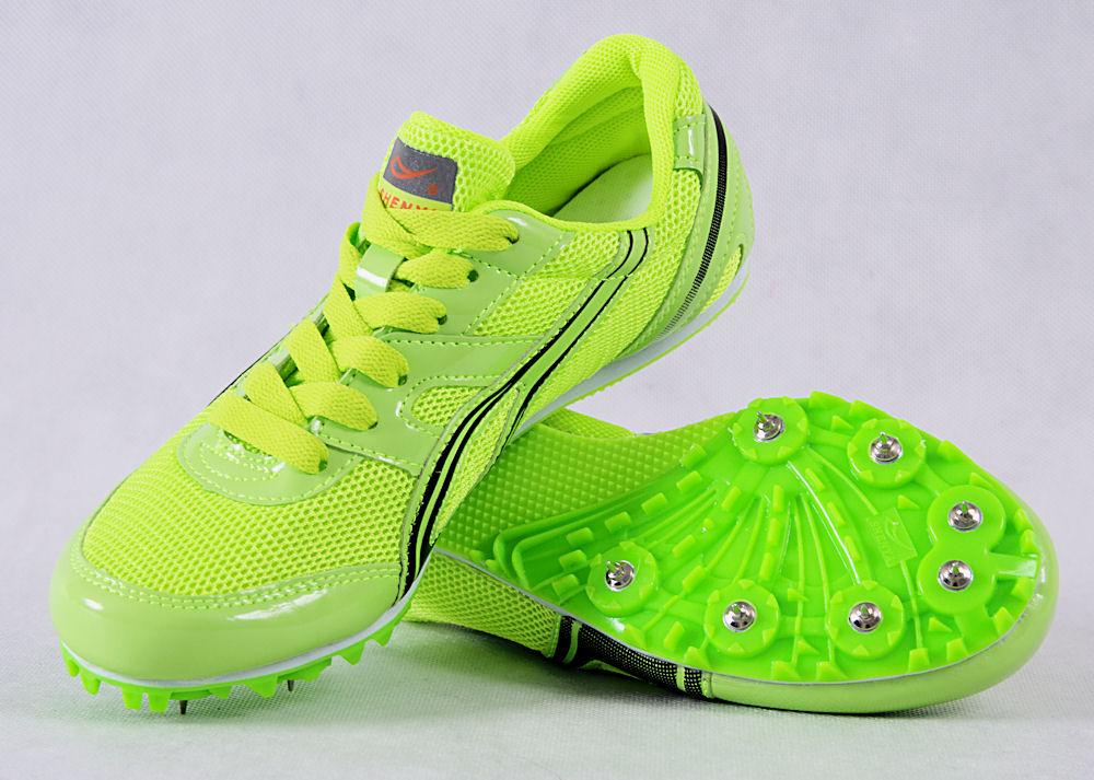Topánky pre trať - hrotmi - veľkosť 41 EUR