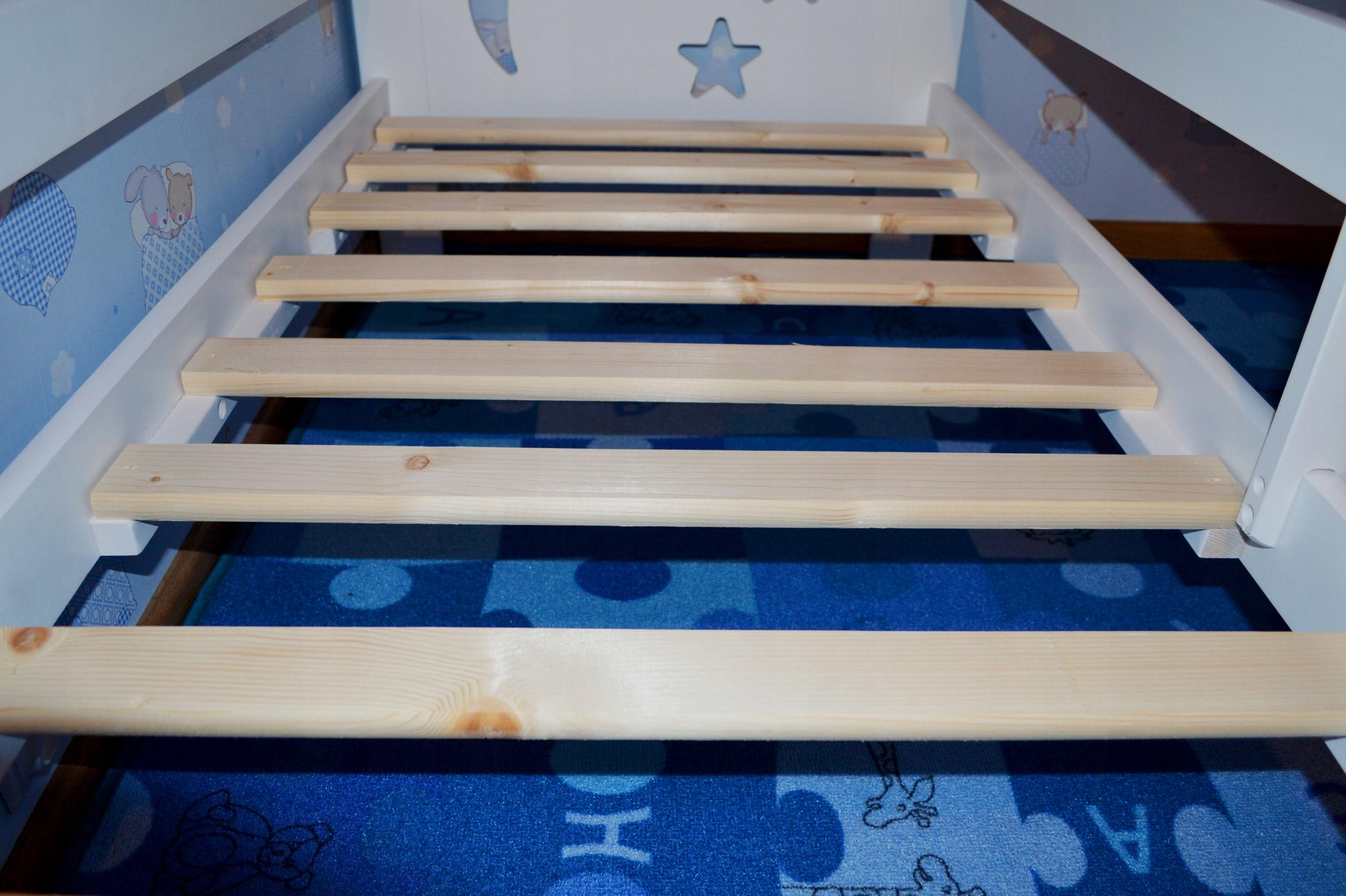 Śliczne łóżko dziecięce 160x80 białe Bohater brak