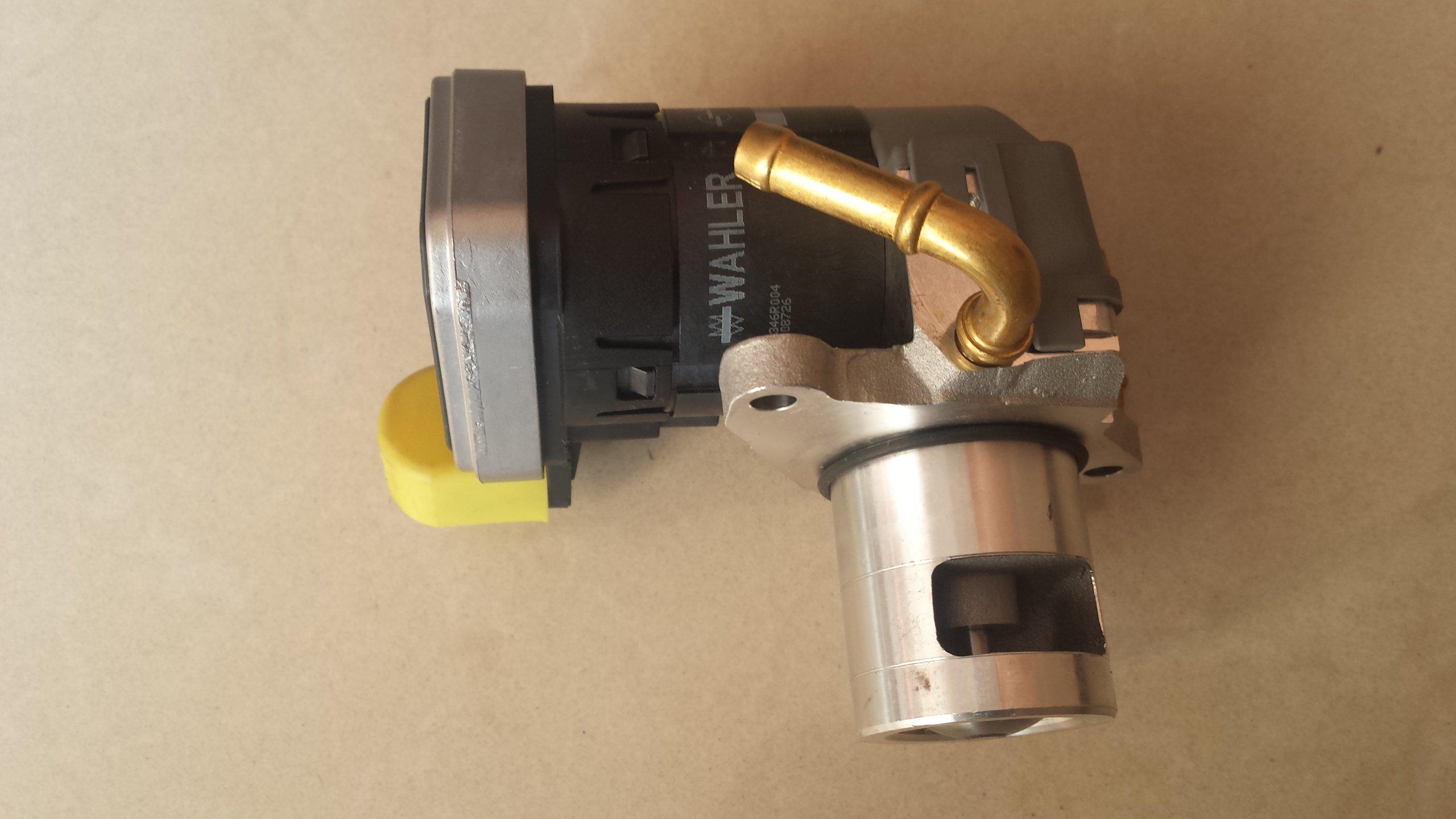 Клапан системы рециркуляции ОГ Opel Vectra Zafira 2,0,2,2 DTI Гул.2lat