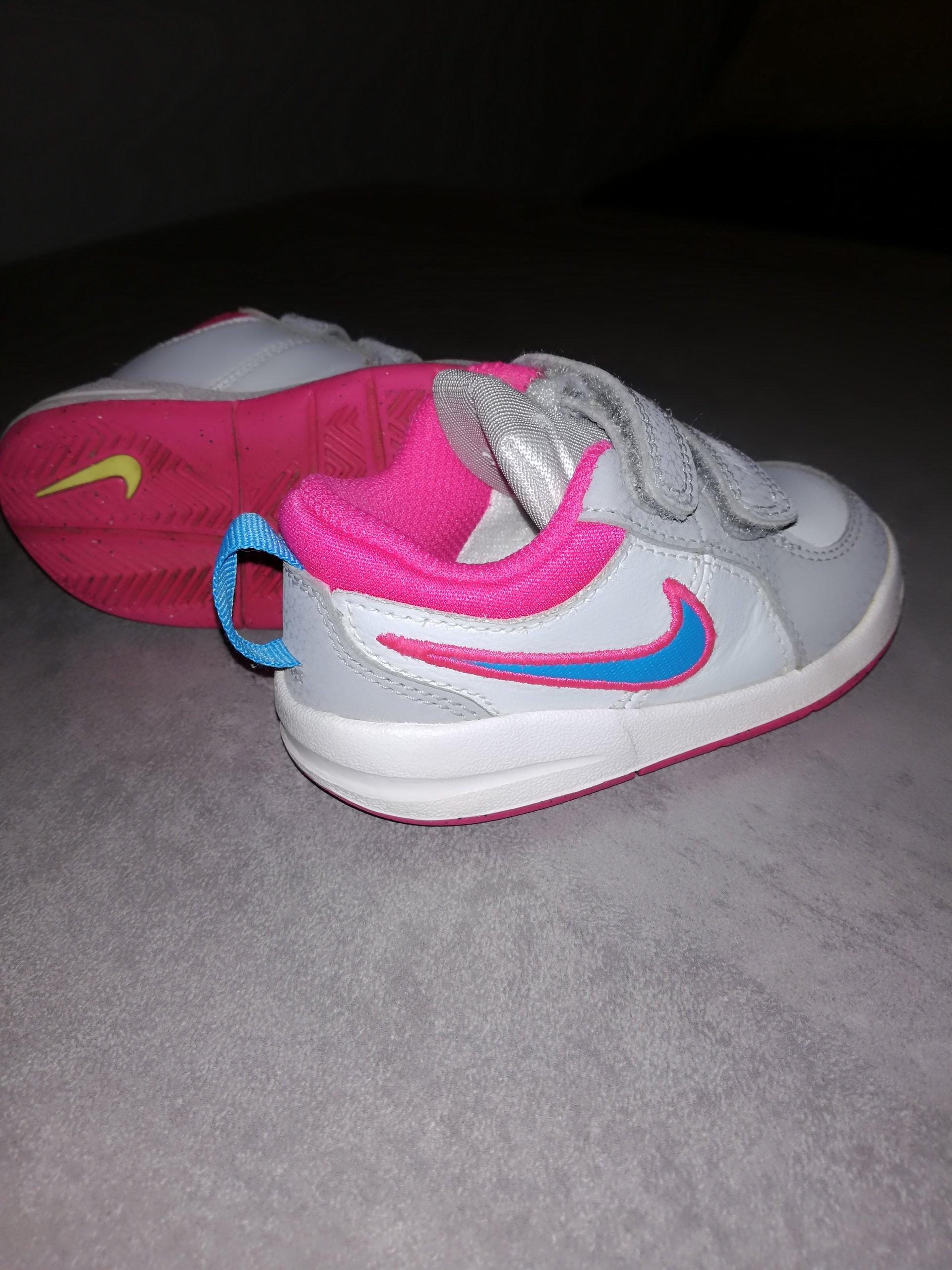 f6192355 buty dziecięce nike r.21 dla dziewczynki,używane - 7410823006 ...