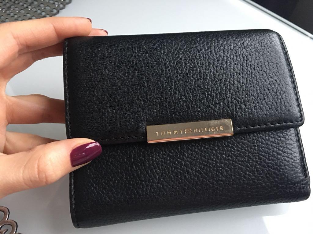 422e3a16e371e Piękny portfel TOMMY HILFIGER oryginał TH LV MK - 7064189179 ...