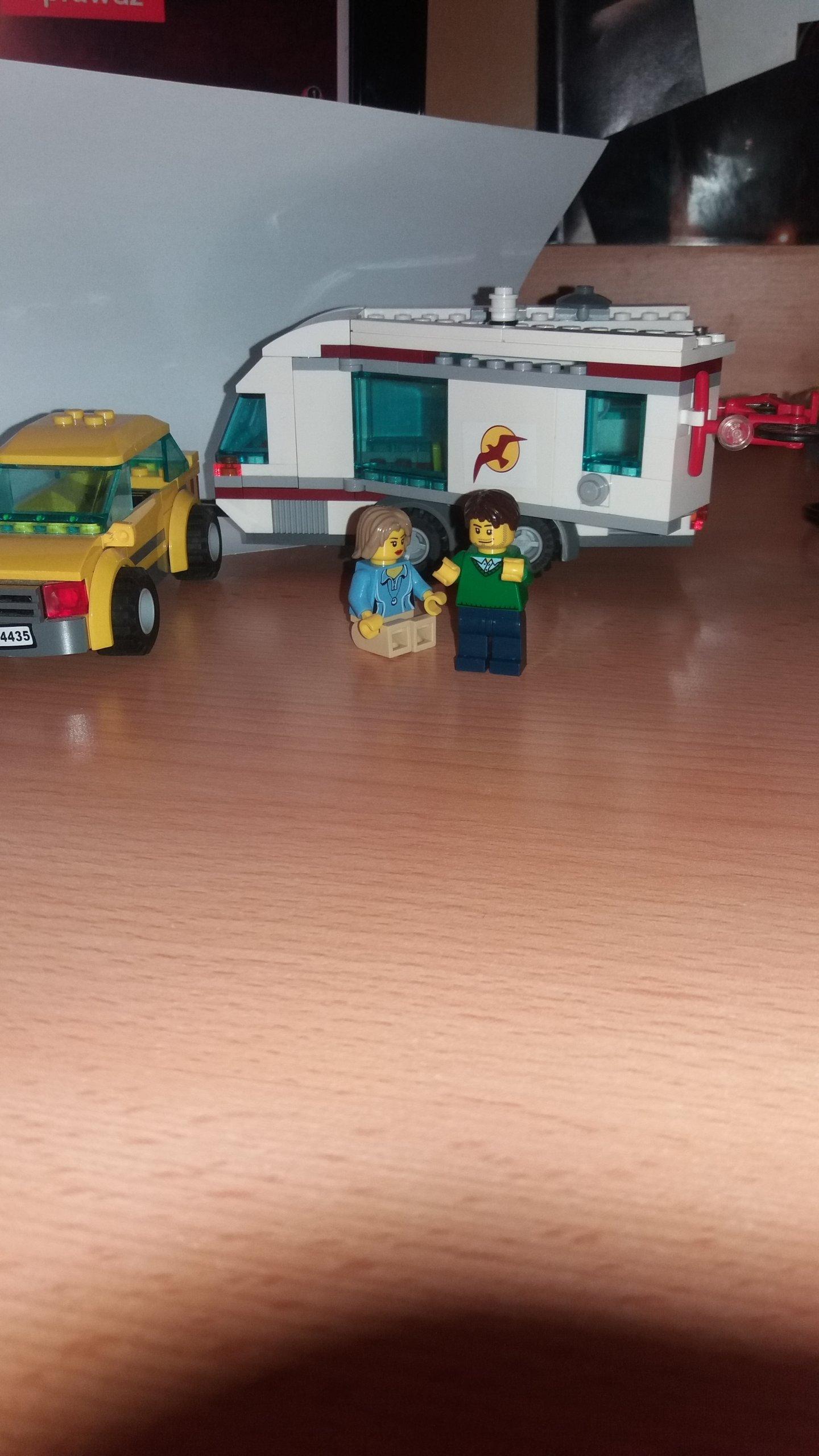 Lego City Samochód Z Przyczepą Kempingową 4435 7090232922