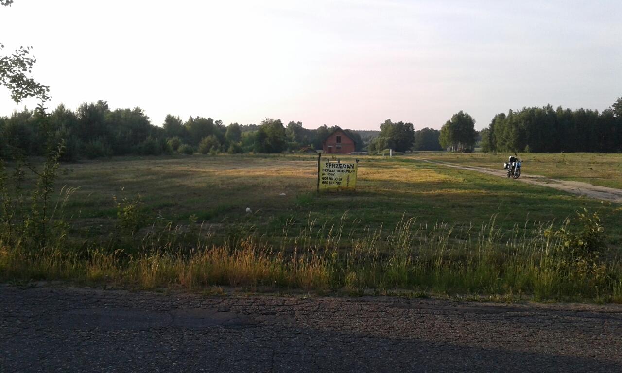 Działki budowlane Ojrzanów blisko szkoły.
