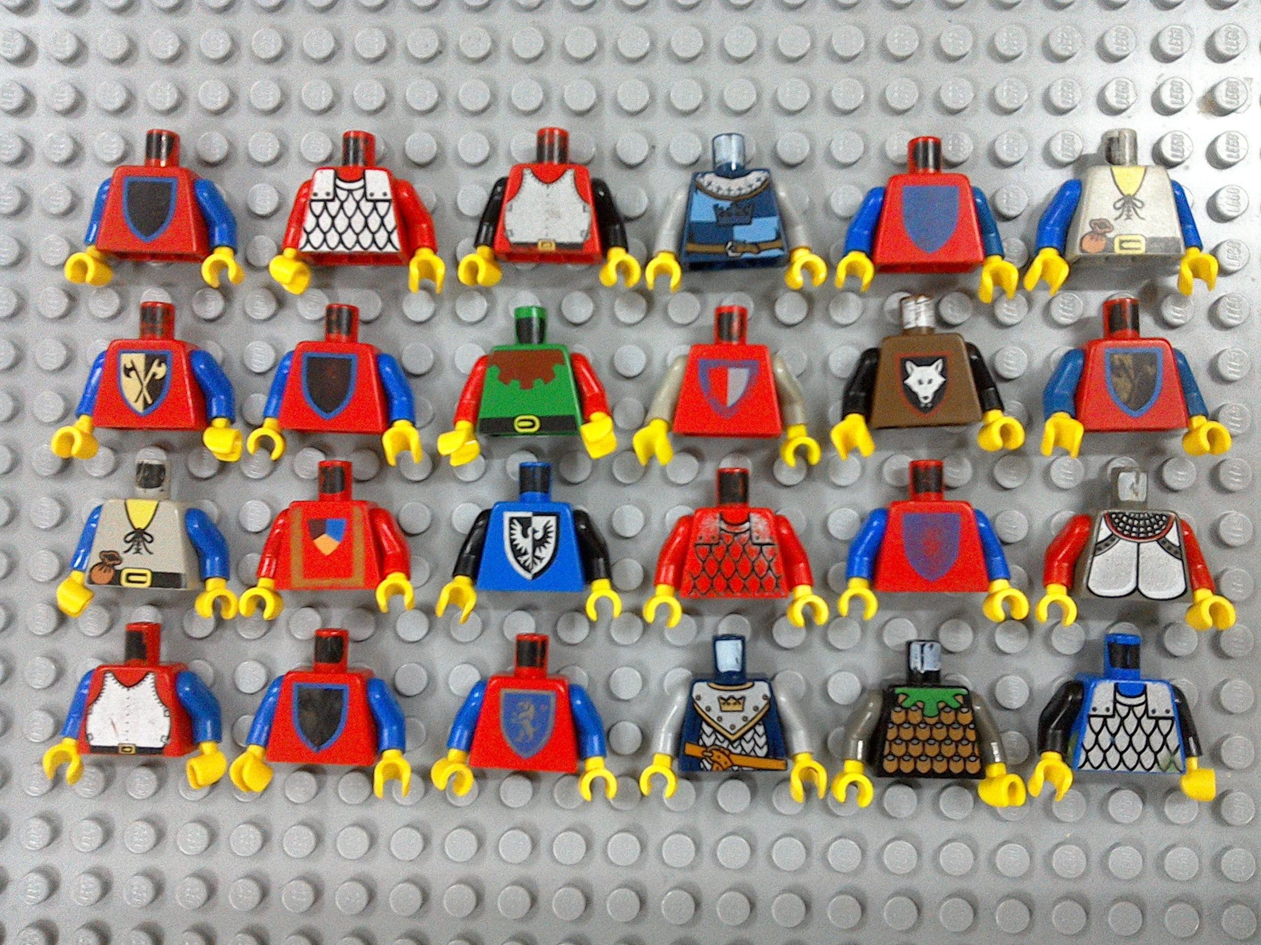 Zestaw 24 Sztuki Torsy Lego Rycerze Castle Od 1 Zł 7400970795