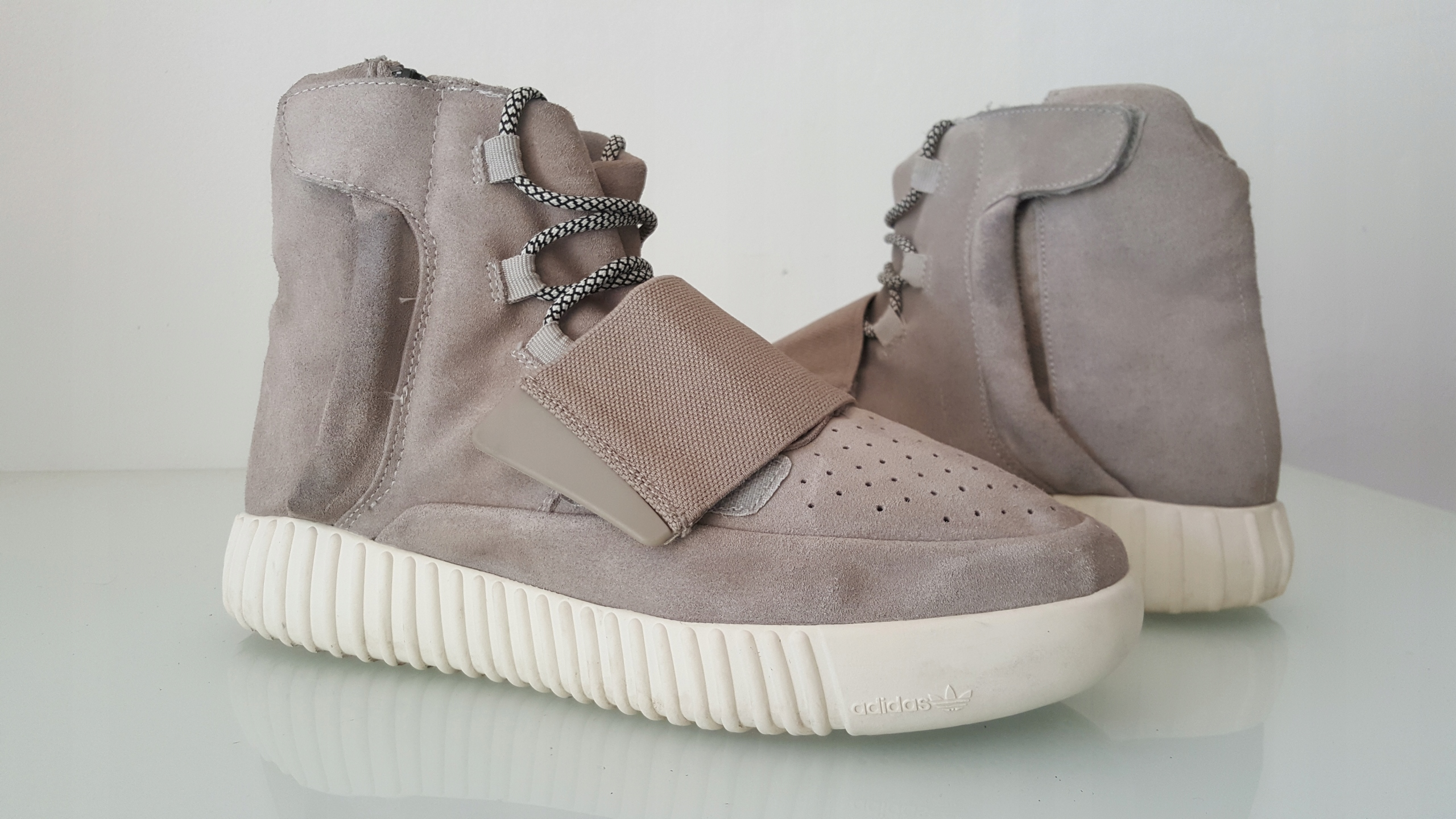 san francisco ae663 0462b ADIDAS YEEZY 750 BOOST OG kanye west 44 sneakers