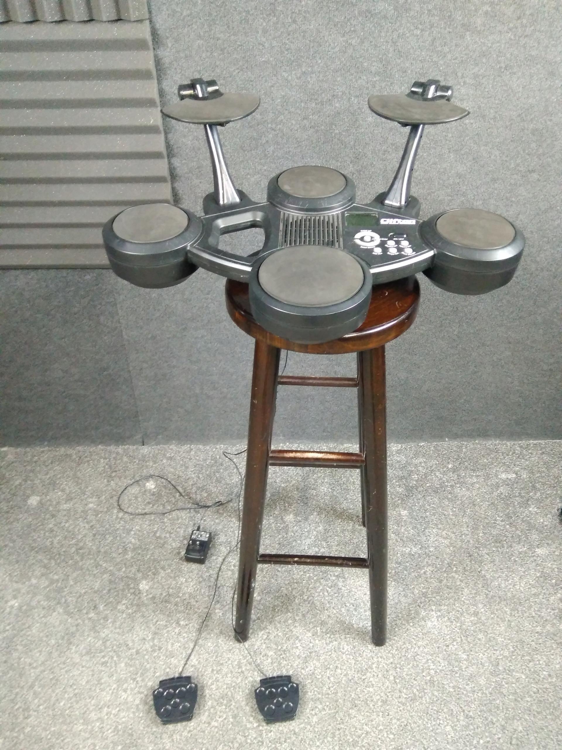Perkusja elektroniczna Clifton