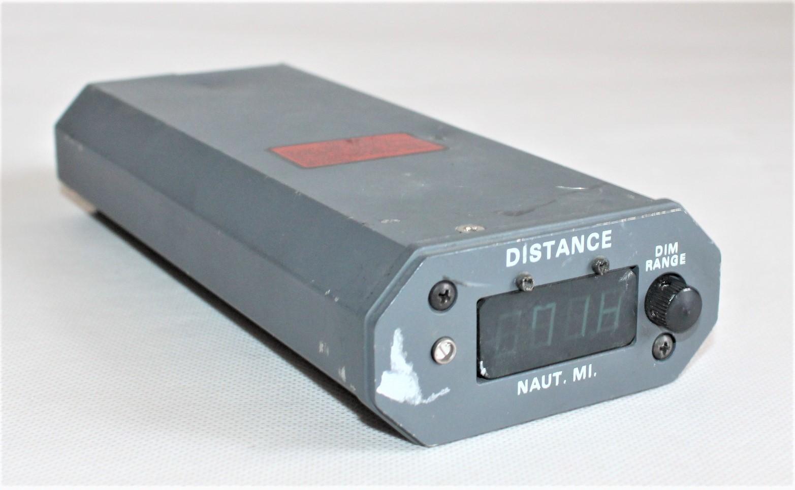 Wskaźnik Odległość DME Typ: 339F-18
