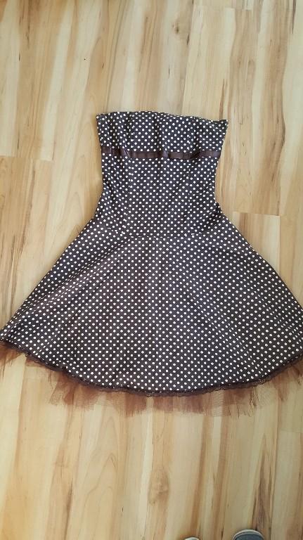 e378647f08 Sukienka w stylu lat 60-tych rozkloszowana groszki - 7147220669 ...