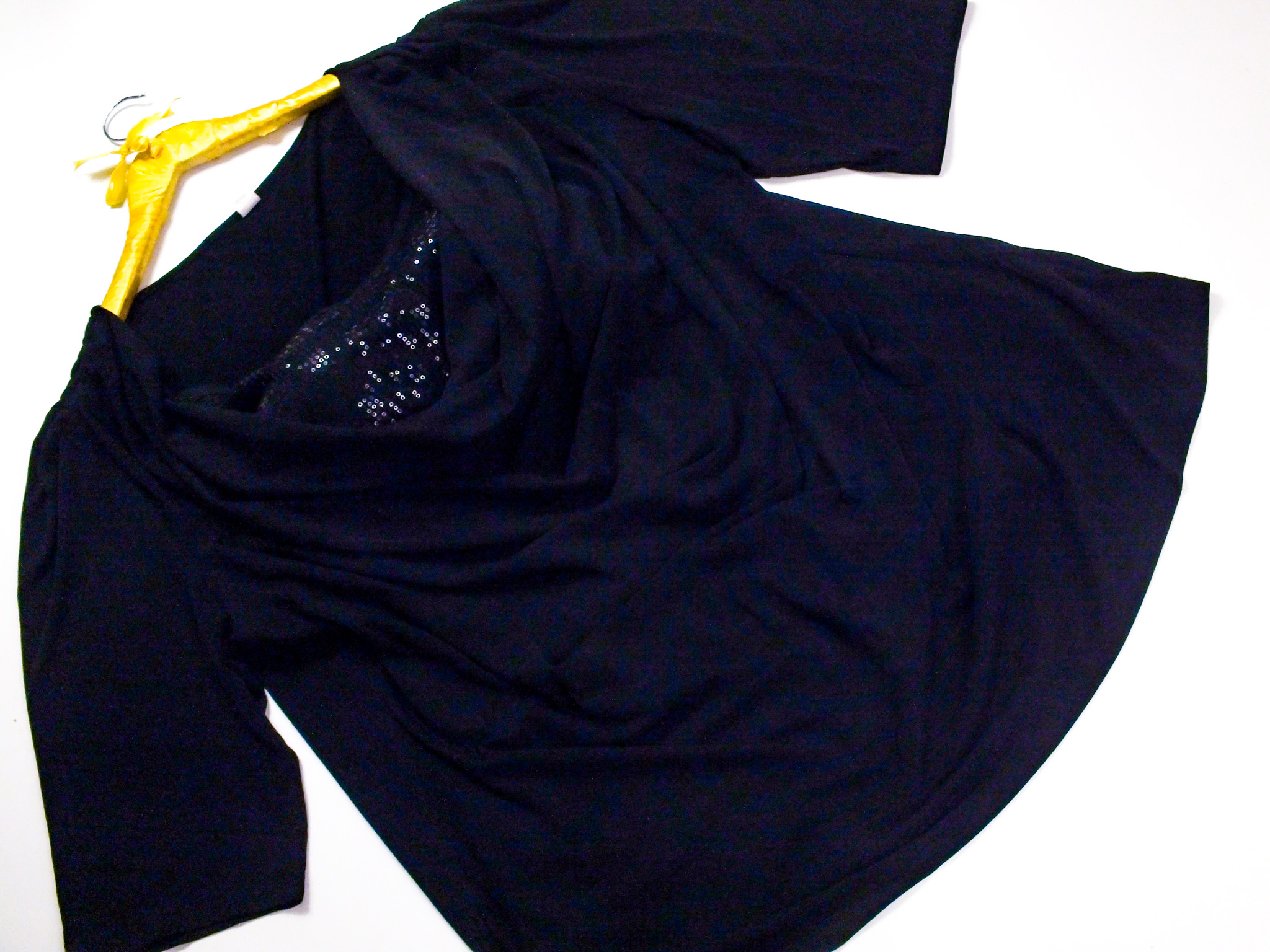 b940047af3 56  - Bluzka z cekinami - 7316804193 - oficjalne archiwum allegro