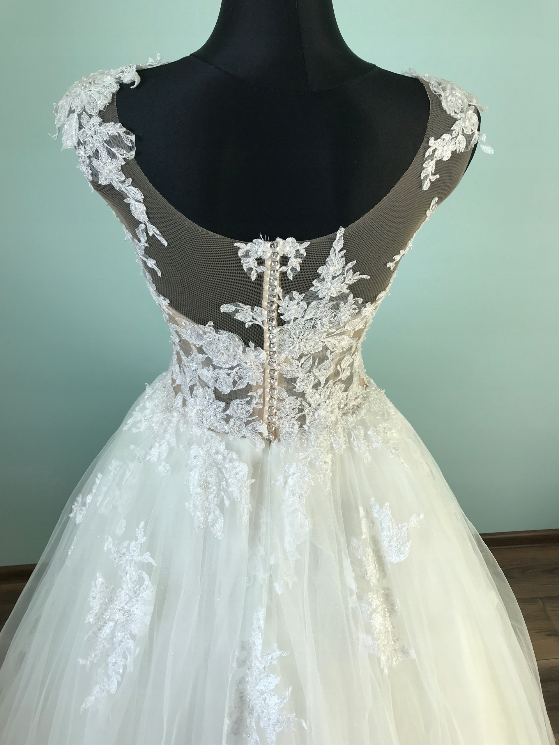 dac15ced28 Suknia ślubna Lamberta 7691679518 Oficjalne Archiwum Allegro