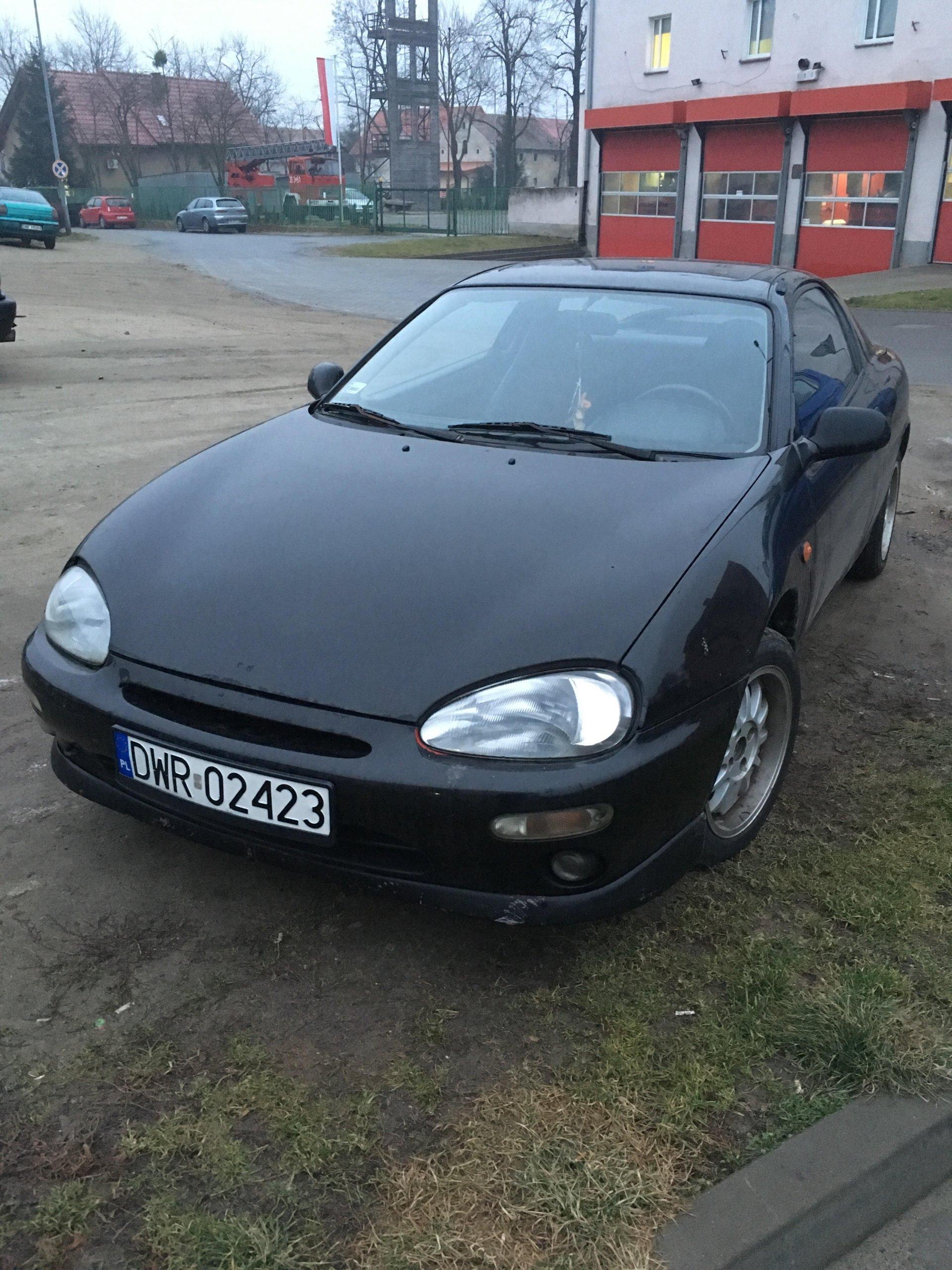 Mazda MX-3 1993 1.6