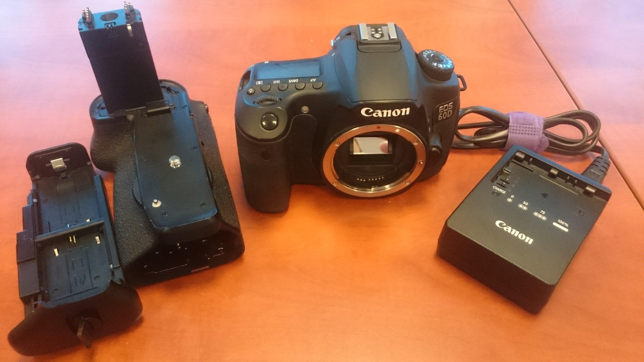 Aparat Canon EOS 60D Battery Grip sandisk 64Gb