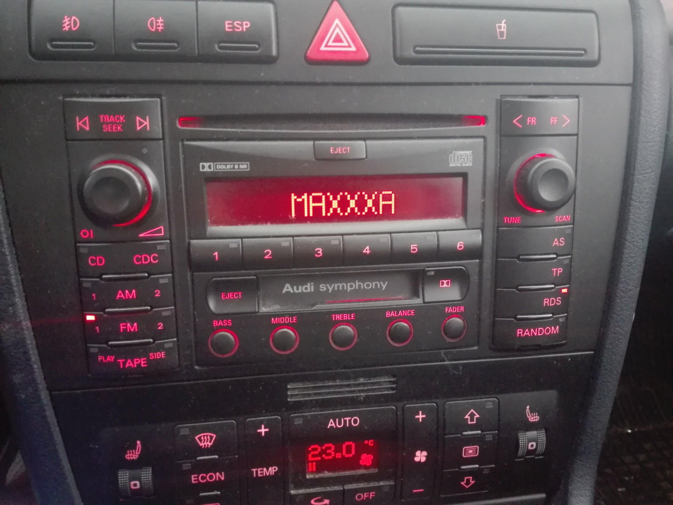 Audi a4 b5 radio symphony 2 din kr 6983517958 for Mueble 2 din audi a4