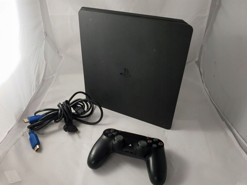 KONSOLA PLAYSTATION 4 + PAD + OKBL