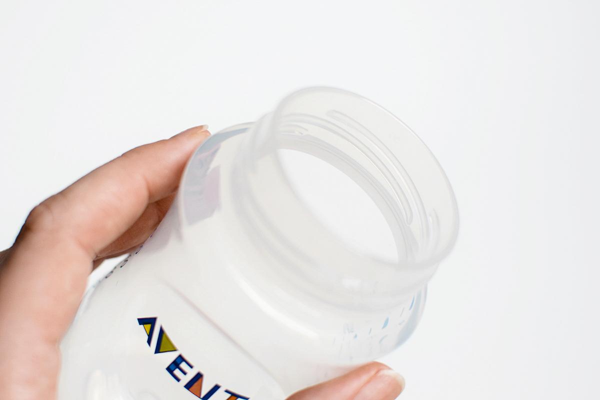 Systém na zostavenie fľaštičky z fľaše s fotografiami 12,