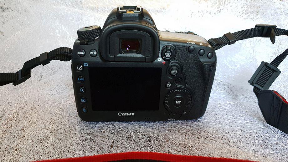 Canon 5 D Mark IV 7