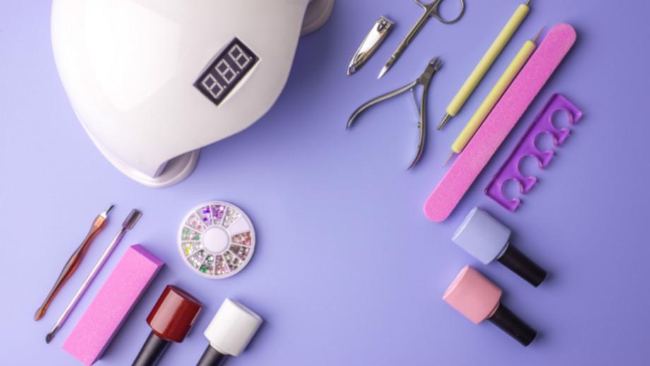 Hybryda z Allegro Smart! - skompletuj domowe studio stylizacji paznokci