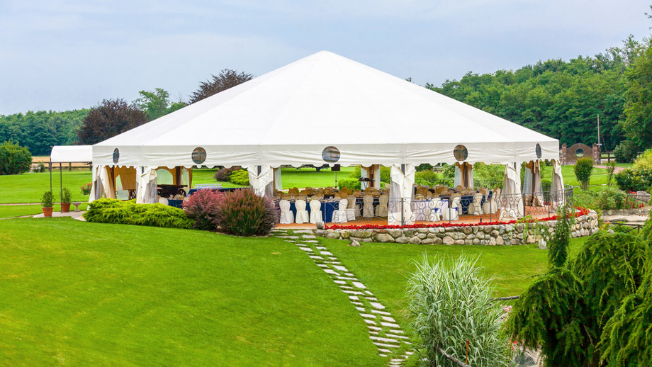 Duży namiot ogrodowy na wesela, wielkie uroczystości i imprezy.