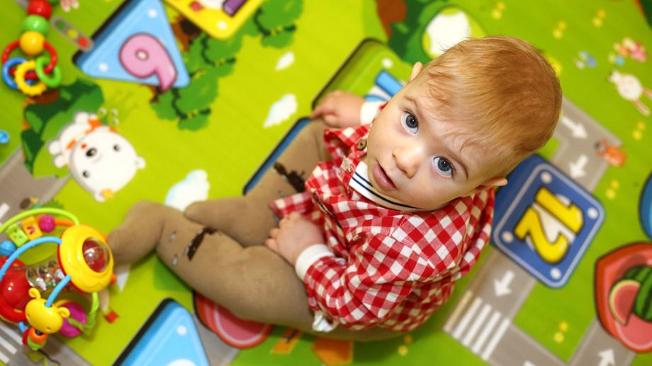 Prawie jak dywan. Przegląd dużych mat edukacyjnych nie tylko dla niemowląt