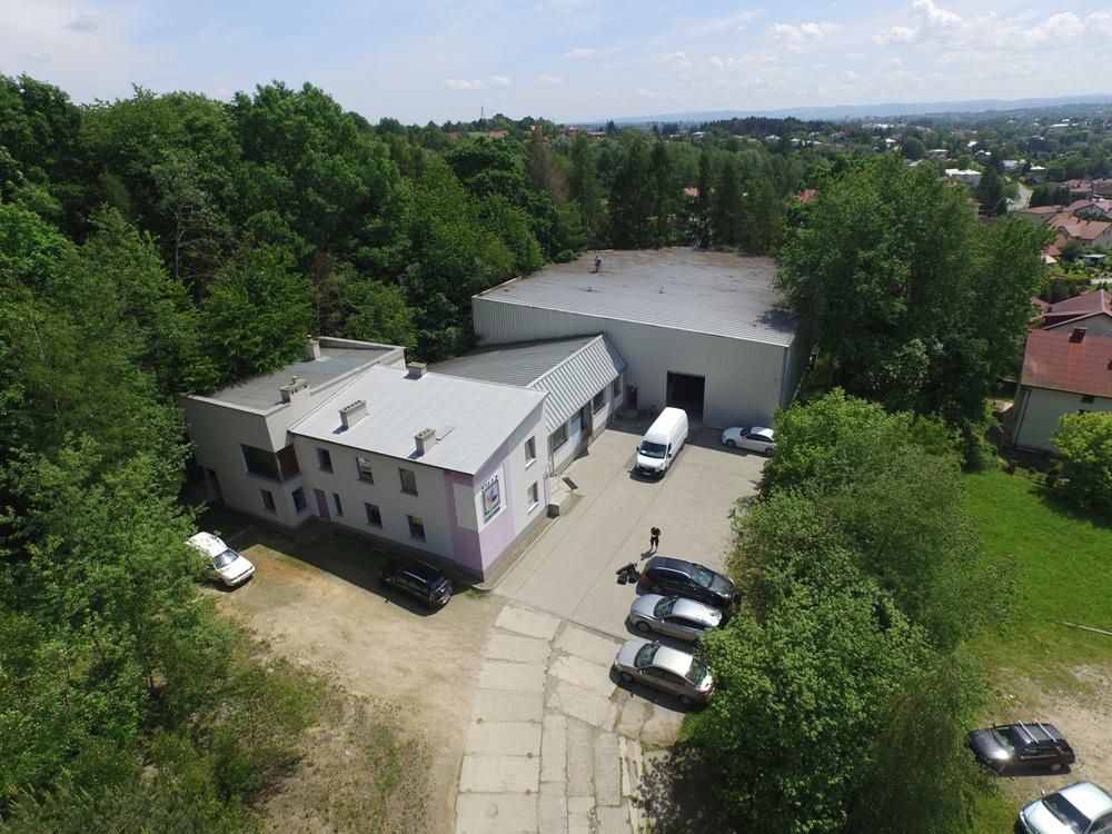 Budynek biurowy / hala produkcyjna