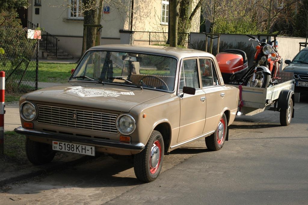 Łada 2101 VAZ WAZ Żiguli jak Fiat 124 Fiat 125