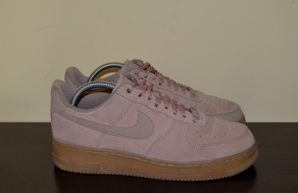 Buty damskie skórzane Nike Air Force 1 07 40,5 r