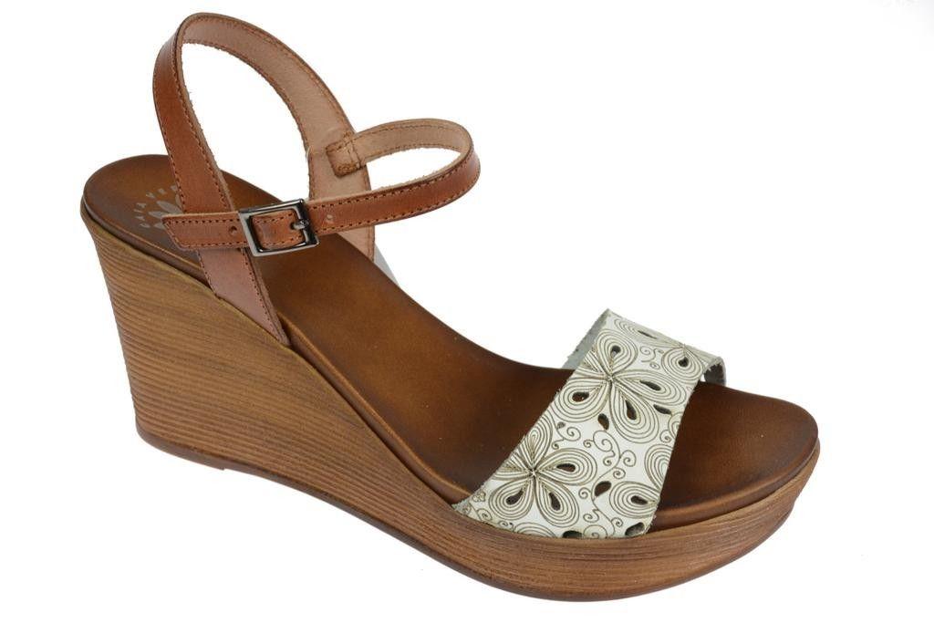 sandały na obcasie hiszpańskie
