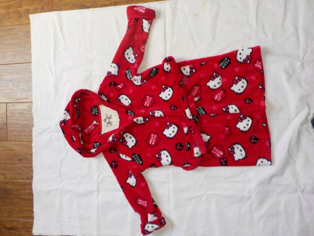 Dzieciecy szlafrok Hello Kitty - wzrost 122