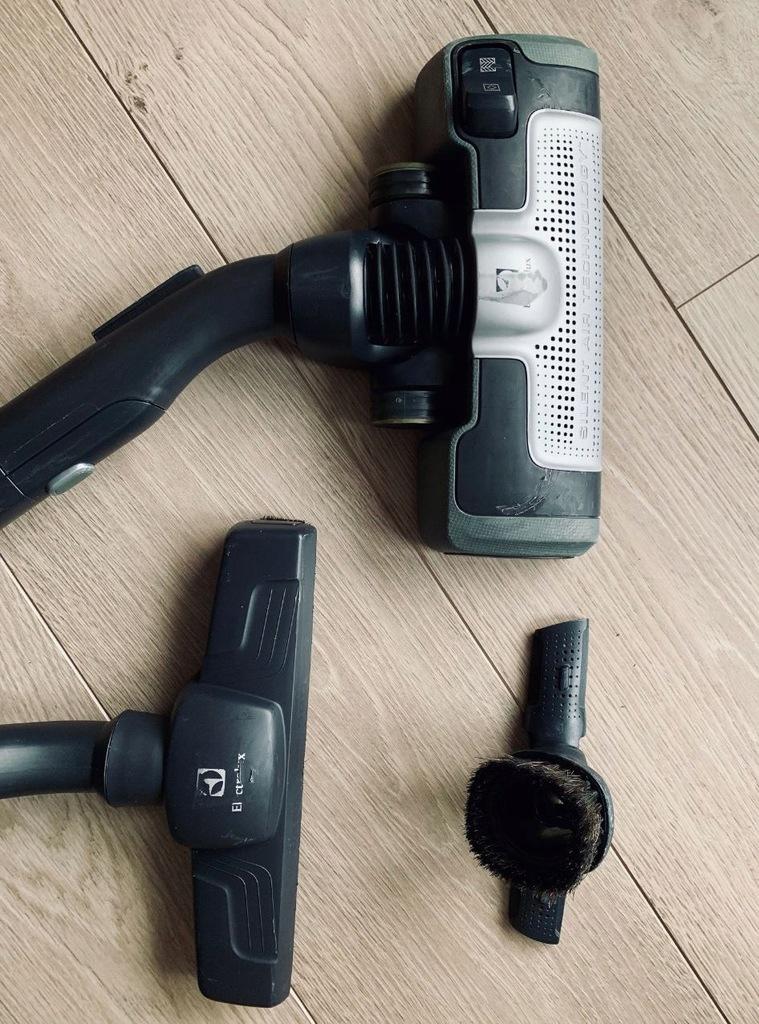 Odkurzacz ELECTROLUX Ultrasilencer ZUS3955TSEL 7679071113