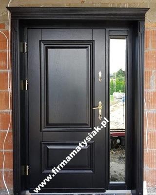 двери Внешние деревянные черные фаской
