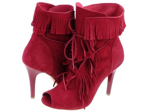 Czerwone botki z frędzlami BADURA