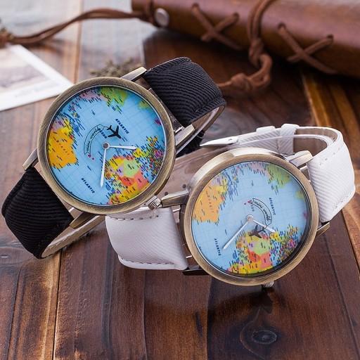 Zegarek samolot dla podróżnika globtrotera