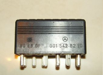 RELAY MERCEDES S CL 300-600 W 140 0015428219